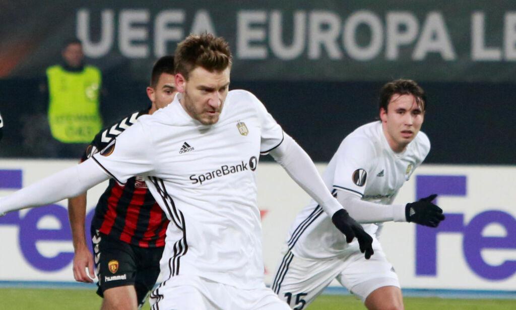 image: Bendtner til topps på Europa League-statistikk - da en hund stjal showet
