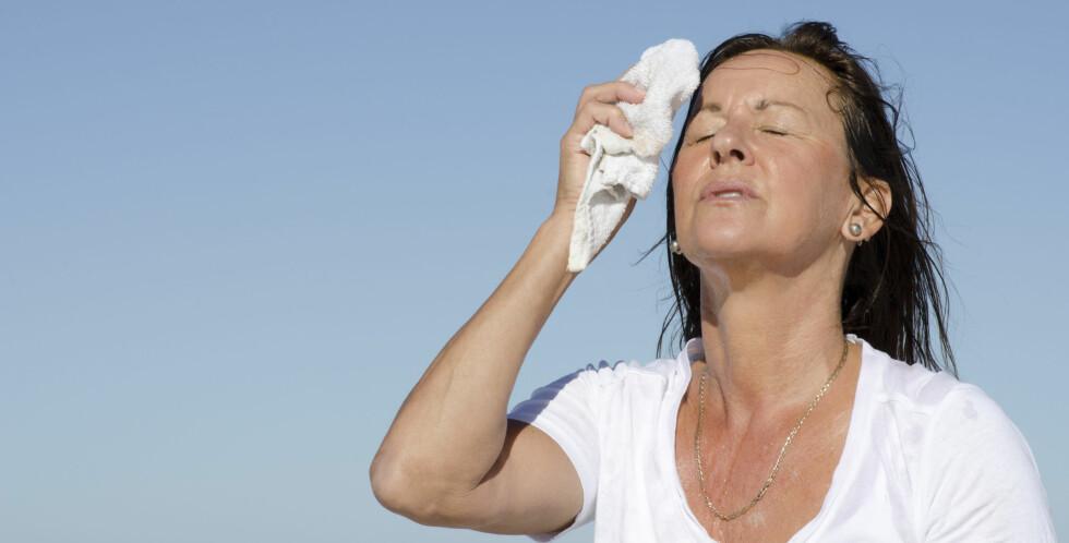 HETT OG SVETT: Hetetokter og svette/nattsvette er de klart vanligste plagene under overgangsalderen. Foto: Roboriginal