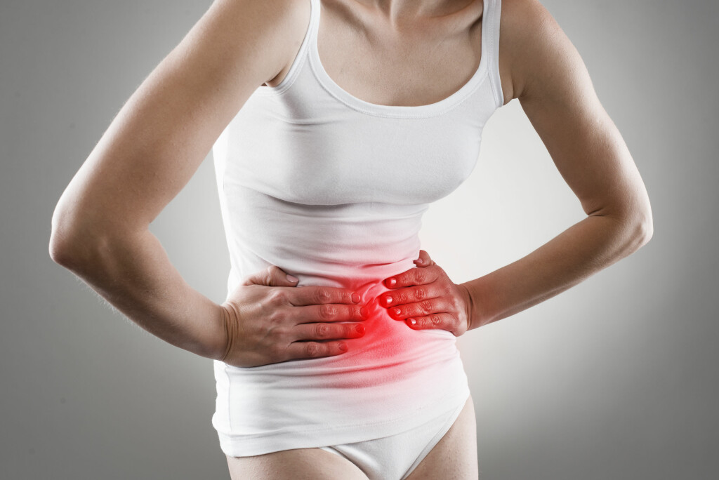 Magesår: Smerter under ribbeina er typisk for magesår Foto: NTB Scanpix