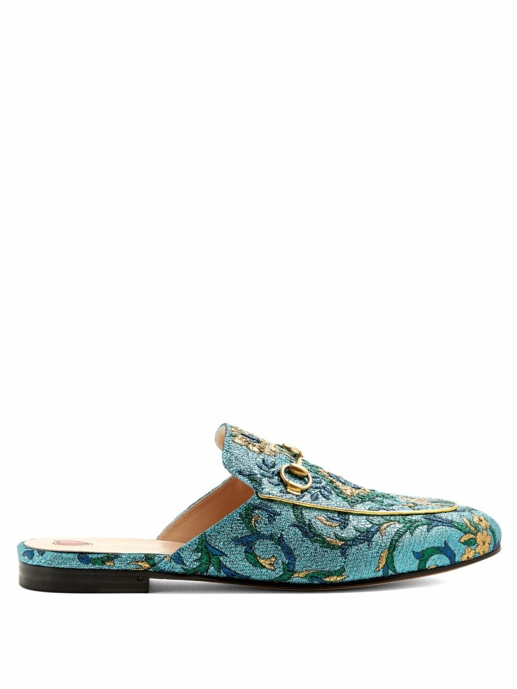 Loafers fra Gucci via Matchesfashion.com |4790,-| https://www.matchesfashion.com/intl/products/Gucci-Princetown-jacquard-backless-loafers--1096002