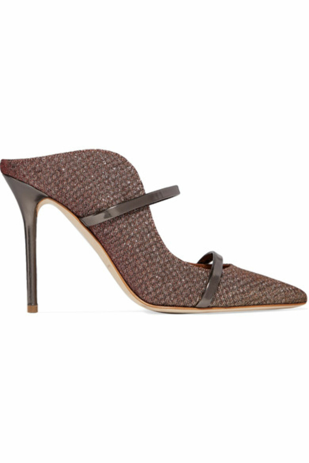 Hæler fra Malone Souliers via Net-a-porter.com |5200,-| https://www.net-a-porter.com/no/en/product/980736/malone_souliers/maureen-leather-trimmed-metallic-mesh-mules