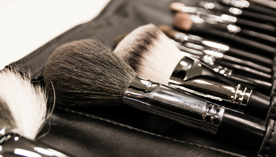 TIPS TIL JULEGAVE: Hva med et par nye sminkekoster? FOTO: NTB Scanpix