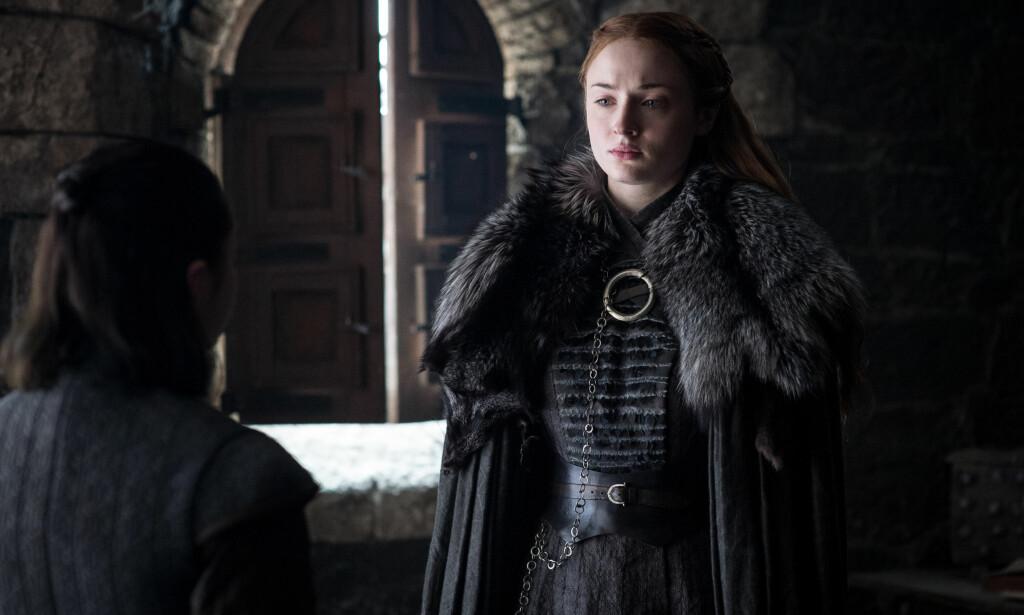 PÅ EGEN HÅND: Sansa Stark vil måtte klare seg på egen hånd i den åttende og siste sesongen av «Game of Thrones» , og befinner seg plutselig på dypt vann, avslører skuespiller Sophie Turner, som spiller Sansa Stark i den populære tv-serien. Foto: Helen Sloan / HBO