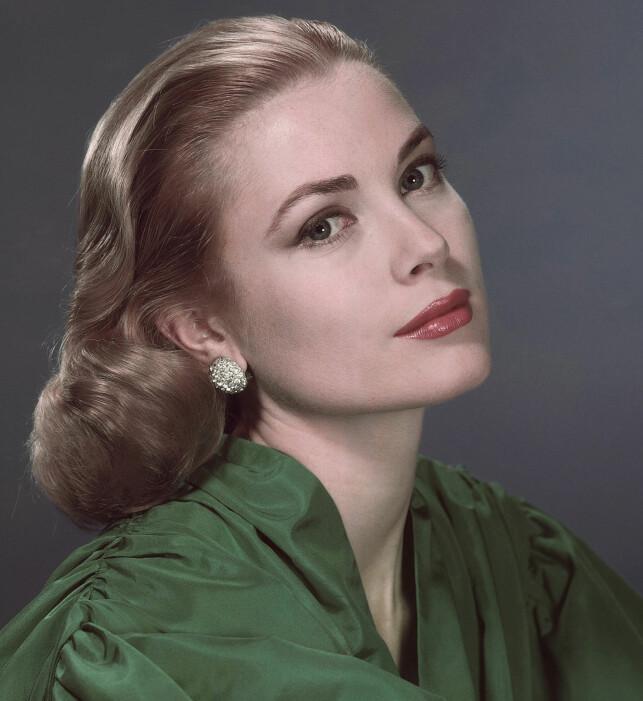 SKJØNNHET: Grace Kelly rakk å bli kjent som skuespiller, moteikon og fyrstinne før hun døde på starten av 1980-tallet. Foto: AP Photo, NTB scanpix