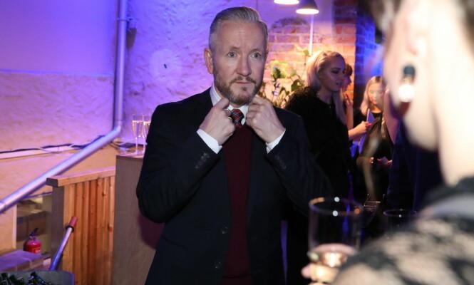DRESSKLEDD: Geir Magne hadde tatt på seg slips og rød genser for anledningen. Foto: Christian Roth Christensen / Dagbladet