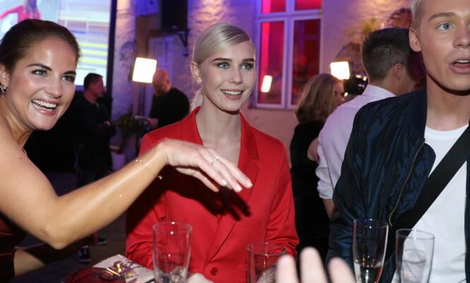 KAN VINNE: Amalie Snøløs (i midten) er med i finalen som en av tre. Stikker hun av med seieren, mon tro? Foto: Christian Roth Christensen / Dagbladet
