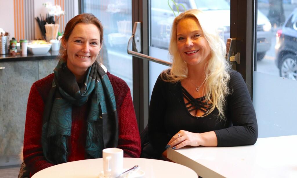 5095cbb6 JULEBALL: Marianne Hagen Nordli (til venstre) og Eva Ilseng synes at  presset ungdomsskoleelevene