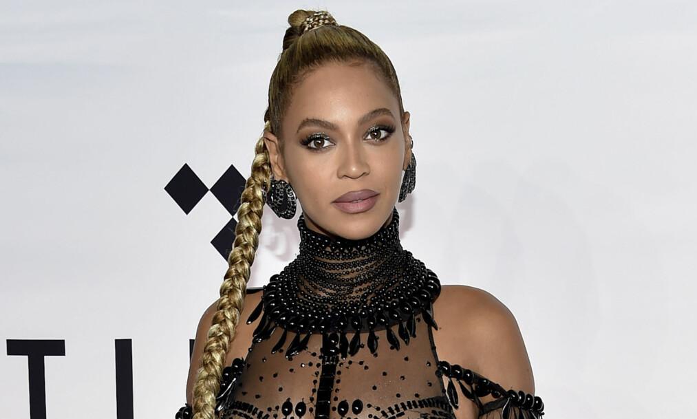BEYONCÉ: Ta en titt i bildekarusellen nederst i saken for å se noen av Beyoncés mange antrekk gjennom 16 år. FOTO: NTB Scanpix
