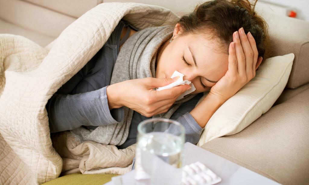 INFLUENSASESONG: Ifølge Folkehelseinstituttet er vi nå midt årets influensasesong. Nå har et japansk legemiddelfirma utviklet en ny influensapille de mener skal virke etter bare ett døgn. Illustrasjonsfoto: Scanpix