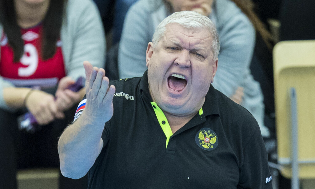 TØFT: Russland og trener Evgeni Trefilov måtte slite for å komme til kvartfinalen. Foto: Vidar Ruud / NTB scanpix