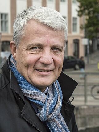 IKKE LENGER TRUET: Dagfinn Høybråten er glad for at det finnes et liv utenfor rampelyset, men håper ikke at noen blir skremt fra å engasjere seg i politikken. Foto: Øistein Norum Monsen / Dagbladet
