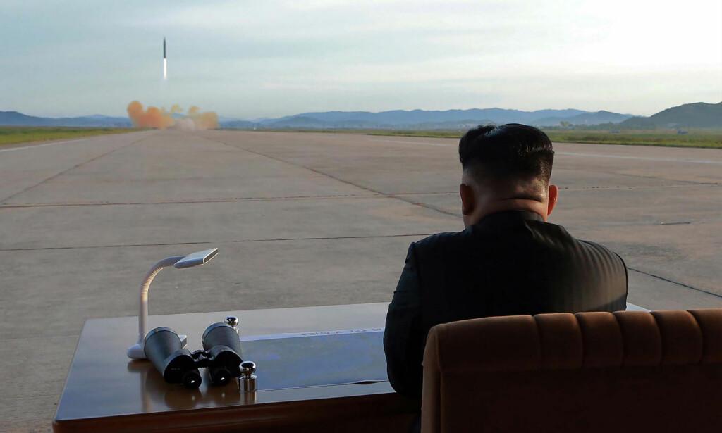 ATOMNEDRUSTNING: Nord-Korea har sagt til USA at de er villige til å diskutere atomnedrustning på den koreanske halvøya, ifølge Reuters. Foto: AFP/ KCNA VIA KNS / STR / NTB Scanpix