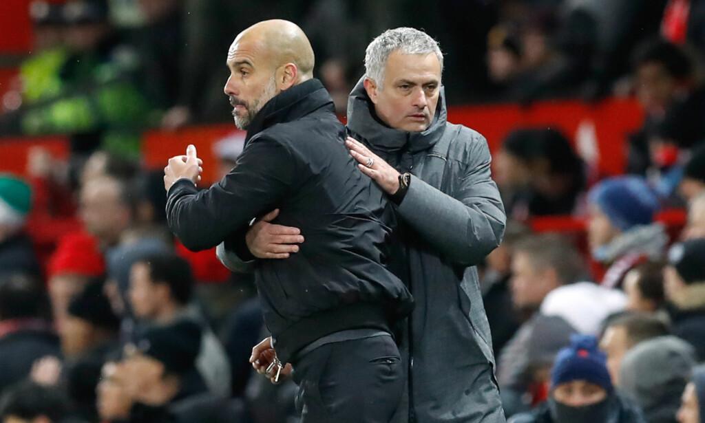 KRANGLER: Pep Guardiola og Jose Mourinho takket for kampen, men i garderobeområdet brøt det ut en slåsskamp mellom lagene. Nå krangler managerene om hva som skjedde.