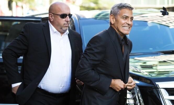 <strong>VELLYKKET:</strong> George Clooney har tjent milliarder som skuespiller, filmskaper og forretningsmann. Her på vei til «Suburbicon»-premieren under Toronto International Film Festival i september. Foto: NTB scanpix
