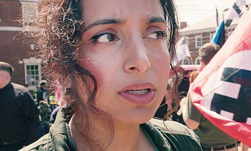 image: Hun våger å se fanden i hvitøyet