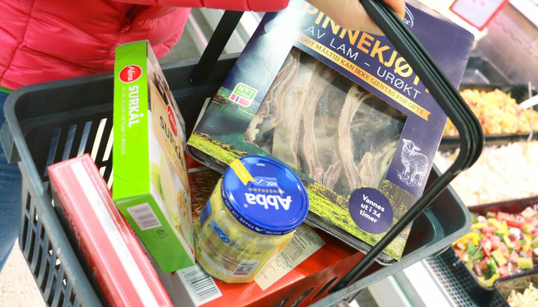 Ønsker matlov: Må gi bort mat
