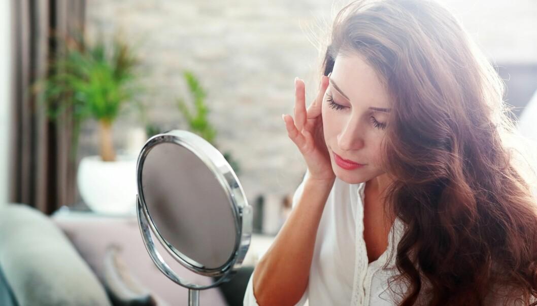 ANTIRYNKEKREM: Vet du hvilke ingredienser antirynkekremen din bør inneholde? Her er ekspertenes tips. FOTO: NTB Scanpix