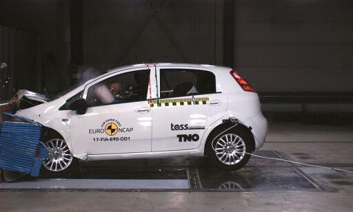 image: Den første bilen noensinne som har fått NULL stjerner i krasjtesten