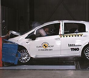image: Den første bilen noen-sinne som fikk NULL stjerner i krasjtesten