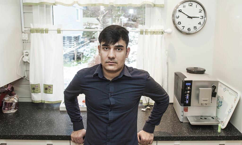 TUNG TIL SINNS: Rahim Ullah Rahimi fra Afghanistan har sluttet å drømme. Frykten for å bli tvangssendt til Afghanistan overskygger alt. Foto: Hans Arne Vedlog / Dagbladet   .