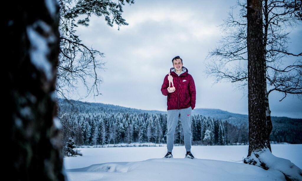 EN OVERLEGEN VINNER: Karsten Warholm er årets vinner av Folkets Idrettspris. Den vant han med god margin. Foto: Thomas Rasmus Skaug / Dagbladet