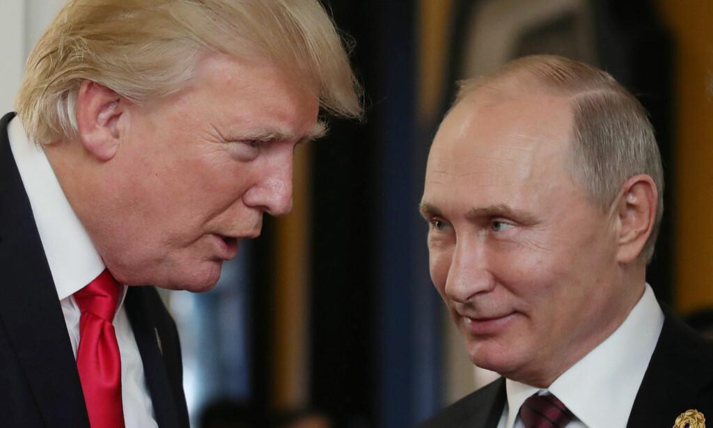 SNAKKET SAMMEN: Donald Trump og Vladimir Putin snakket om blant annet Nord-Korea denne uka. Foto: AFP / NTB Scanpix