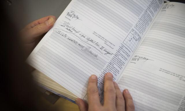 KUTTET KONTAKTEN: På slutten av sykeleiet ble det lenger mellom Oddmunds dagboknotater, og han mistet troen på «resonansterapien». 7. juni skriver 67-åringen at han har hatt siste samtale med behandleren. Foto: Lars Eivind Bones / Dagbladet