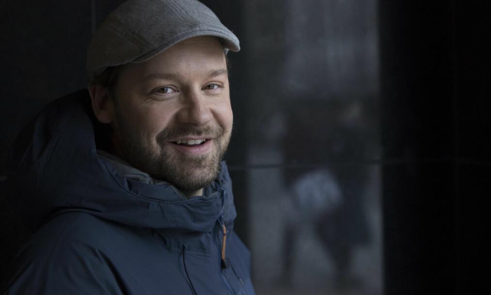 <strong>FEIRER JUL MED DE HJEMLØSE:</strong> Selv om det har blitt fire år siden Petter Nyquist selv forsøkte å bo på gata, har han tilbragt hver julekveld siden på Folkets hus. Foto: Ole Berg-Rusten / NTB Scanpix