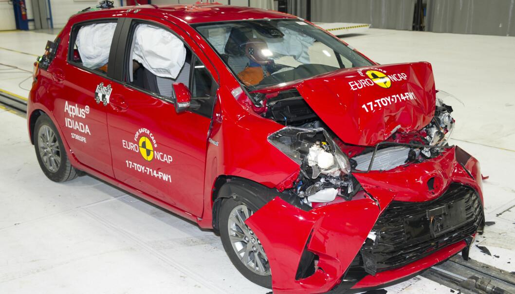 <strong>FORTSATT SOLID:</strong> Toyota Yaris, introdusert på markedet i 2011 og kraftig oppgradert i 2014, viser at en eldre bilmodell fortsatt kan score full pott. Foto: Euro NCAP