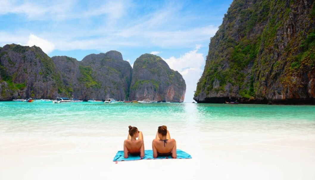 Ser dette fristende ut? Da kan Maya Bay i Thailand være stranden for deg. Foto: Restplass.no