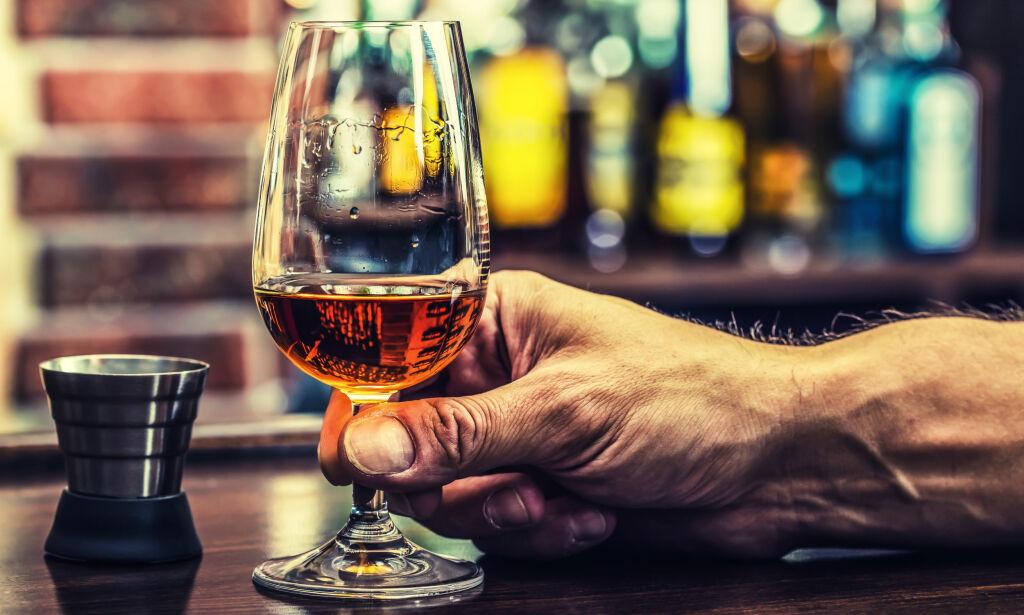 image: Tok festen av? Så lenge sitter alkoholen i kroppen