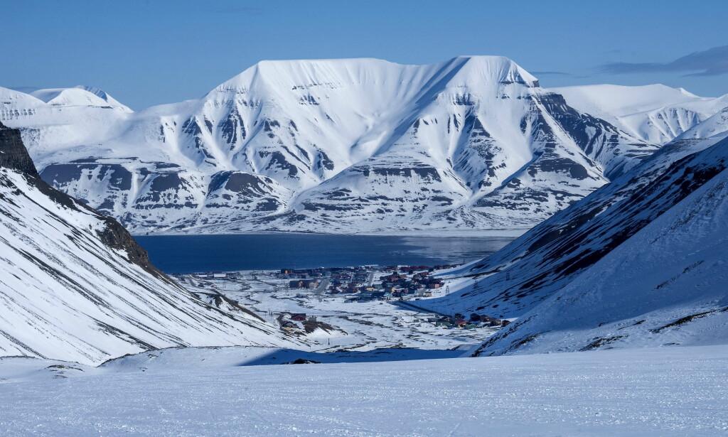 BLIR VARMERE: I over sju år har Svalbard hatt høyere temperatur enn vanlig. Foto: Øistein Norum Monsen / Dagbladet