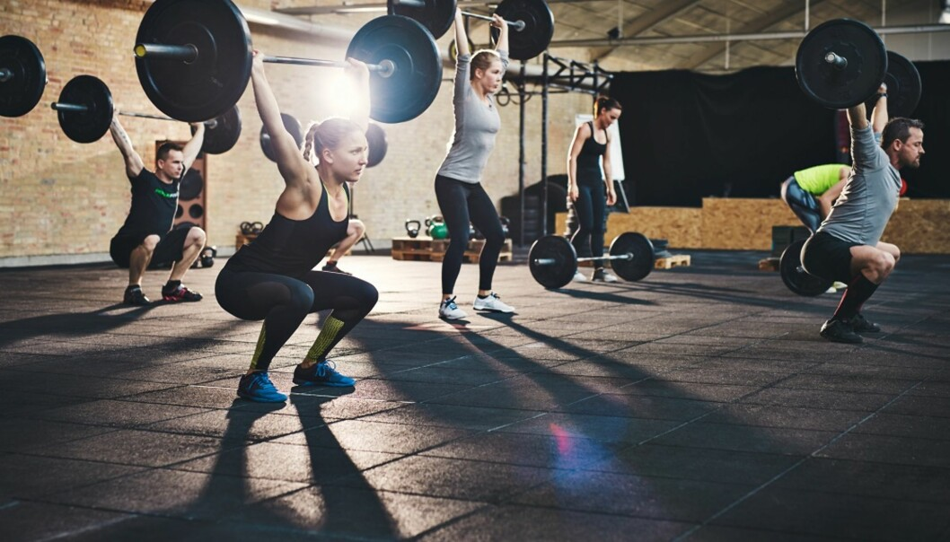 FEILBELASTNING: Ryggsmerter oppstår ofte av feilbelastning eller mangel på styrke, sier treningscoach.