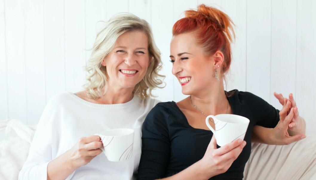 DEN STERKESTE RELASJONEN: Mødre og døtre har et ganske unikt bånd, ifølge forskning. FOTO: NTB Scanpix