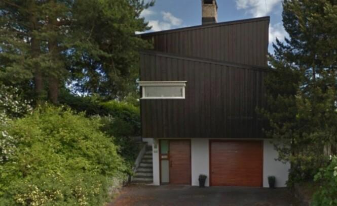 ELDRE FUNKISHUS: Jenny og Thomas nye bolig er bygget i 1957 og ligger på Berg i Oslo. Foto: Google Maps