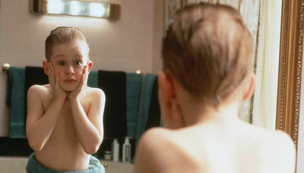 «HJEMME ALENE»: Macaulay Culkin var ikke eldre enn 10 år da han spilte rollen som Kevin McCallister. Foto: Home Alone