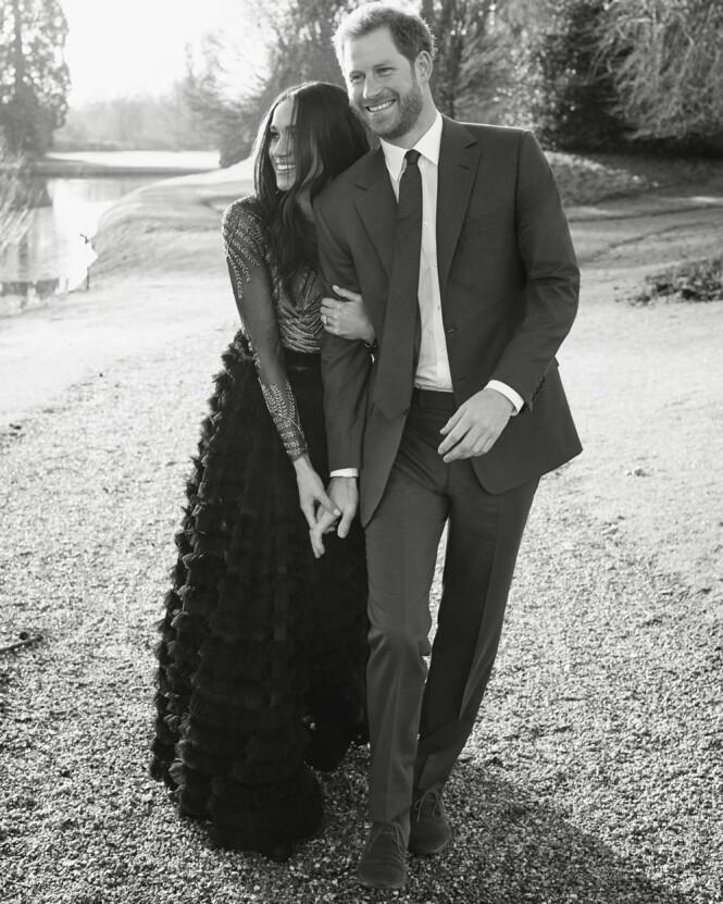 <strong>SMILER:</strong> Meghan Markle og prins Harry ser svært lykkelige ut. Foto: Alexi Lubomirski / Kensington Palace