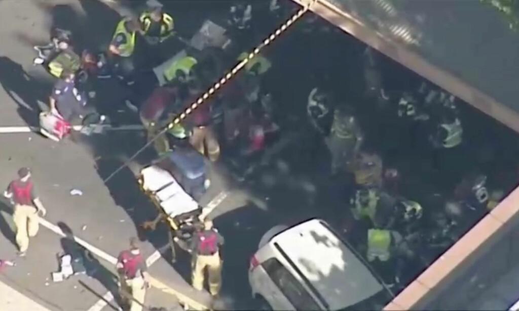 IKKE TERROR: 32-åringen som kjørte inn i en folkemengde i Flinders Street i Melbourne torsdag er siktet for 18 drapsforsøk. Foto: NINE NETWORK/Reuters TV/NTB Scanpix.