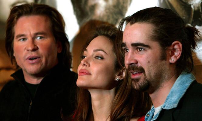 <strong>FILMPREMIERE:</strong> Val Kilmer sammen med Angelina Jolie og Colin Farrel i 2005. Foto: AP