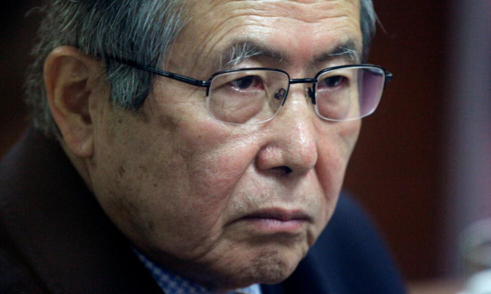 PERUS TIDLIGERE PRESIDENT: Den nå alvorlig syke Alberto Fujimori ble benådet i går. Her et bilde fra rettssaken mot ham i 2008. Foto: Mariana Bazo / Reuters / NTB Scanpix