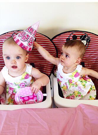 MYE Å FEIRE: Tvillingene feirer hver sin bursdag – den ene er født 1. juni, den andre 27. august Foto: Peoples press
