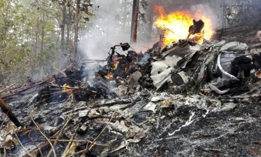 FÅ ULYKKER: Tolv personer mistet livet da et fly styrtet i Costa Rica nyttårsaften. Men 2017 var preget av svært få sivile flyulykker og rekordfå liv gikk tapt, viser statistikk. Foto: AP / NTB scanpix