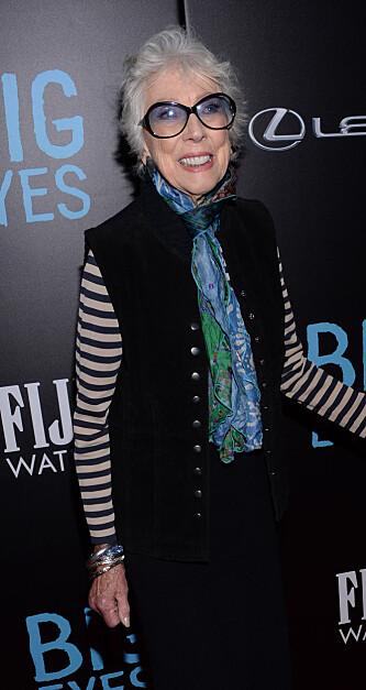 KUNSTNEREN: Margaret Keane fortsatte sin karriere. Her er hun under premieren av filmen «Big Eyes». FOTO: NTB scanpix