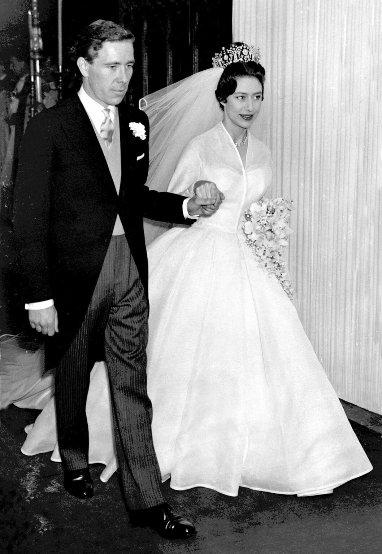 <strong>BRYLLUP:</strong> Den 6. mai 1960 sto bryllupet mellom prinsesse Margaret og Antony Armstrong-Jones i Westminster Abbey. Foto: NTB Scanpix