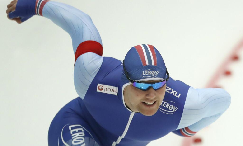 BESTE NORDMANN: Henrik Fagerli Rukke ble nummer ti og beste nordmann på 500 meteren i EM. Foto: AP Photo/Pavel Golovkin