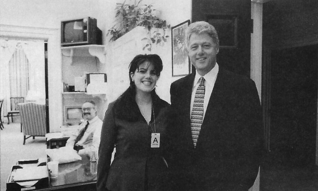 FORELSKET: Monica Lewinsky var 24 år da hun var praktikant i Det hvite hus og forelsket seg i president Bill Clinton. Foto: Scanpix