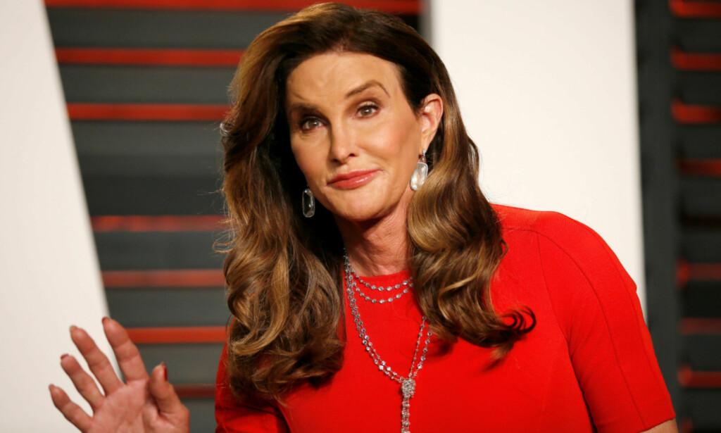 FORBILDE: Caitlyn Jenner blitt sett på som et forbilde for mange. Her er hun under Vanity Fair Oscar-festen i California i 2016. Foto: NTB Scanpix.