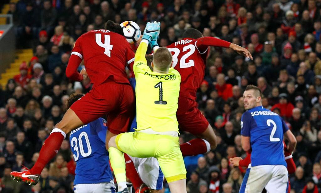 DRØMMEDEBUT: Virgil van Dijk kunne ikke fått en bedre start som Liverpool-spiller. Foto: REUTERS/Phil Noble
