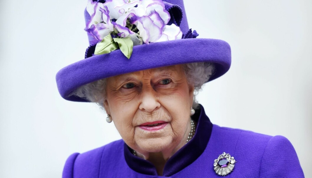 NY DOKUMENTAR: Dronning Elizabeth lar seg sjelden intervjue, men i en ny dokumentar ser hun tilbake til da hun arvet tronen. Foto: NTB Scanpix