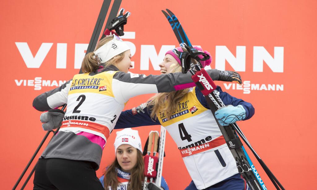 VANT IGJEN: Heidi Weng ble tidenes andre kvinne med to seire på rad i Tour de Ski. Bare Justyna Kowalczyk har gjort det før henne. I år vant hun foran Ingvild Flugstad Østberg og Jessica Diggins. Foto: Terje Pedersen / NTB Scanpix